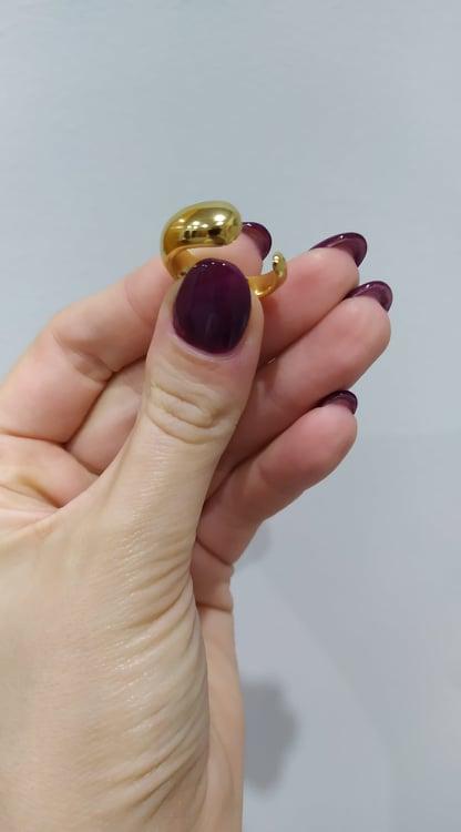 Anel simples em aço dourado com abertura