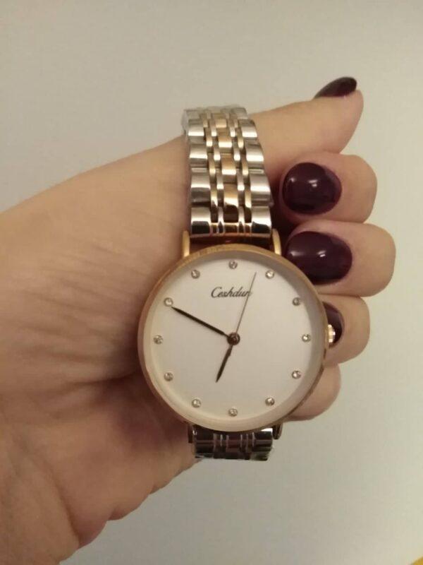 Relógio em aço para senhora com bracelete multicolor e mostrador com brilhantes