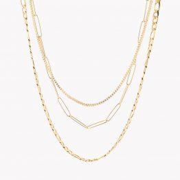 Colar triplo em aço dourado com fios de espessuras e design diferentes