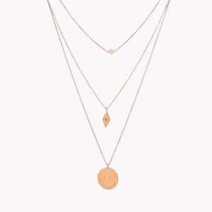 Colar triplo em aço com pedra branca, pendente em forma de losango e outro circular com relevo rose gold