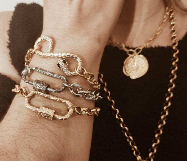 Pulseiracom fio largo dourado em aço e serpente dourada em cobre com zircónias