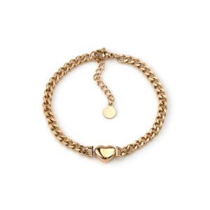 Pulseira em aço com fio de largura média e pendente em forma de coração dourada